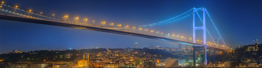 Foto auf Acrylglas Bridges View of Bosphorus bridge at night Istanbul