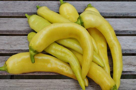 Yellow banana peppers