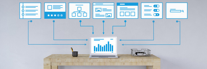 Computer mit Entwurf für Webdesign Wall mural