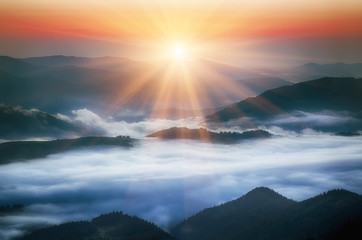 Photo sur Plexiglas Morning Glory Mountain sunrise