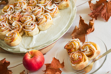 Cakes Apple Roses