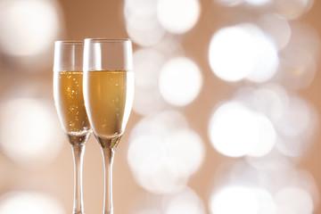 イルミネーションとシャンパン