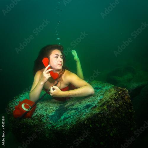Underwater telephone call