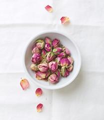 Dried organic rose buds