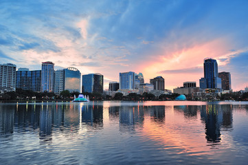 Fototapete - Orlando sunset over Lake Eola