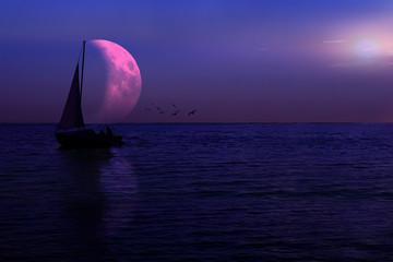 Łódka na jeziorze, księżyc.