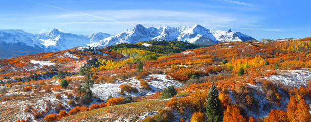 Continental divide in autumn time near Ridge way Colorado Fotobehang