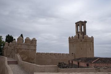 Antigua muralla del alcazaba de Badajoz, España