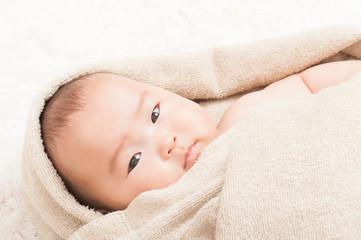 タオルと赤ちゃん