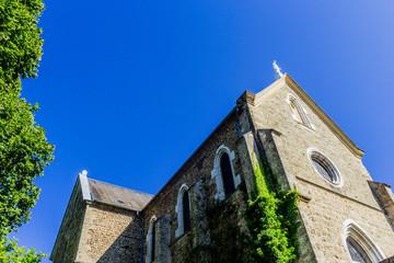 L'église de Châtenay et son carillon de Bièvre à 19 cloches