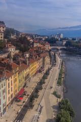 Vue aérienne de Grenoble du téléphérique du Fort de La Bastille