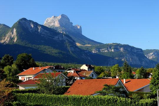 La dent de Crolles, Massif de la Chartreuse, Vallée du Grésivaudan, Isère, Alpes, France