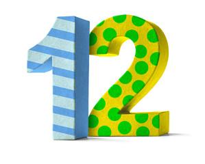 Bunte Zahl aus Pappe - Nummer 12