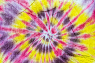 Color spiral on cotton fabric