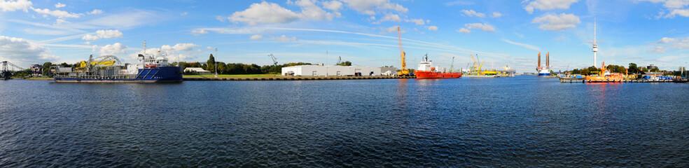 Panorama vom Wilhelmhavener Hafen