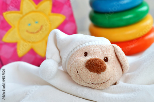 Quot babyspielzeug stockfotos und lizenzfreie bilder auf