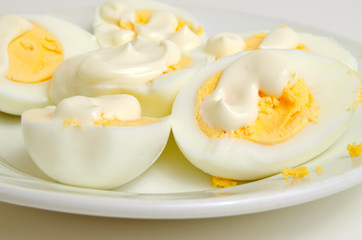Eggs with mayonnaise.