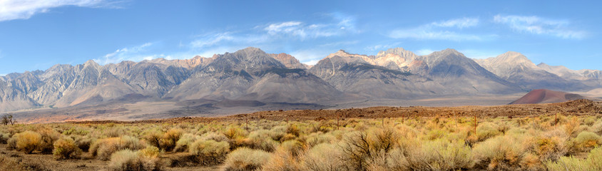 Panorama of the southern tip of the Sierra Nevada Mountains loca Wall mural