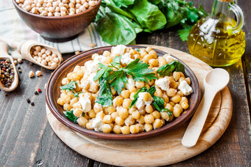 chickpeas with spinach and feta