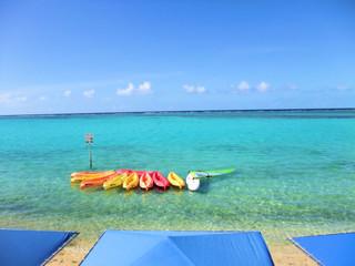 グアムの海とカヤック