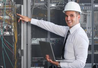 engeneer in server room