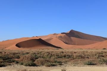 Keuken foto achterwand Zandwoestijn Die Wüste Namib mit dem Deadvlei und dem Sossusvlei in Namibia