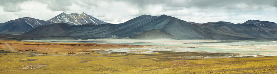 """Aguas calientes""  or ""Piedras rojas"" salt Lake in Sico Pass"