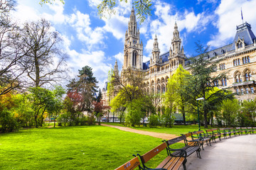 Foto op Canvas Wenen beautiful park near city hall in Vienna, Austria