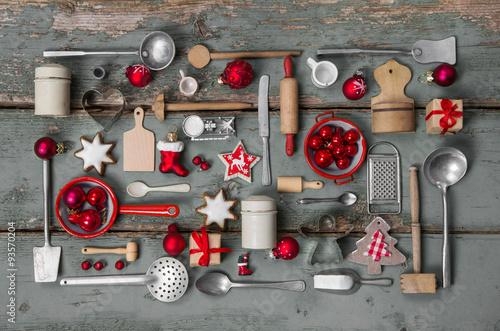 Alte Dekoration Zu Weihnachten Kuchenutensilien Aus Holz Und Blech