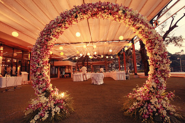 decoration wedding flower arch night