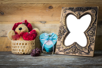Doll Roses Gift Box picture frames