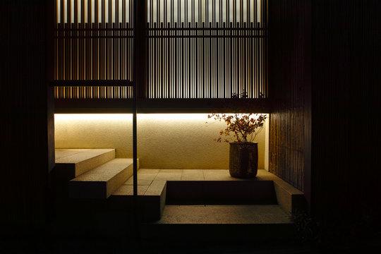 東京神楽坂の料亭街の夜景