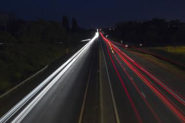 Une route de nuit