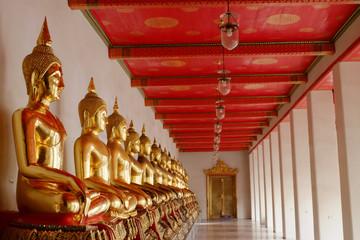 Buddha image in Wat Pho