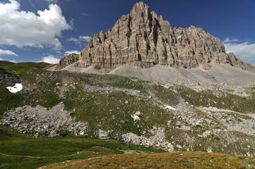 Alpine nature / The Alps are the highest and most extensive mountain range system that lies entirely in Europe, across Austria, France, Germany, Italy, Liechtenstein, Monaco, Slovenia, and Switzerland
