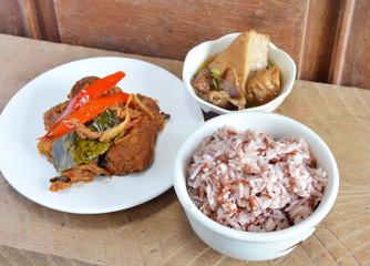 brown rice and vegetarian food set