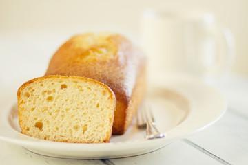 Breakfast with pound cake