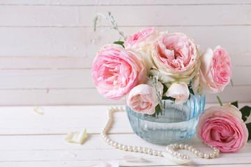 Sweet pink roses in vase