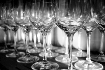 Sammlung von Weingläsern