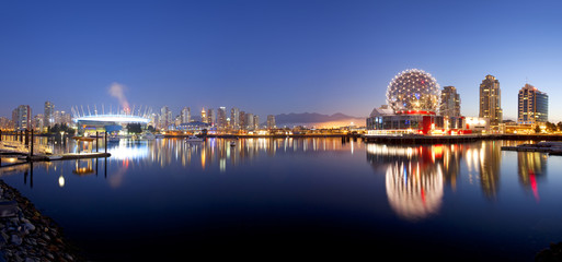 Fotomurales - The city of Vancouver in British Columbia, Canada