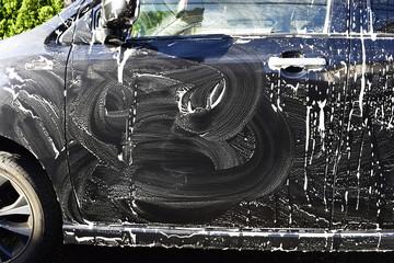 車を洗うイメージ