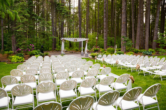 Outdoor Natural Wedding Venue in Oregon
