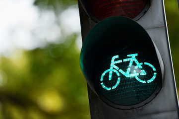 Green traffic light for bicycles