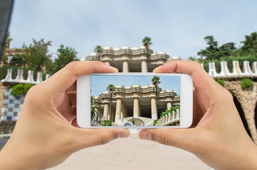 photographing the Park Guell in barcelona