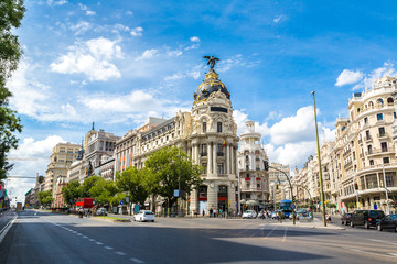 Photo sur cadre textile Madrid Metropolis hotel in Madrid, Spain