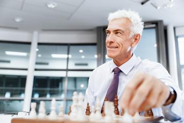 Thinking the next move