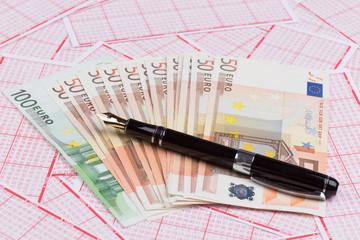 Lotterielos mit Euro-Banknoten