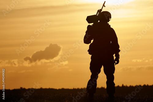 Военные солдаты силуэты без смс