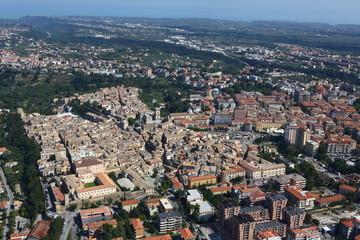 Vista aerea del centro abitato di Lanciano, Abruzzo, Italia