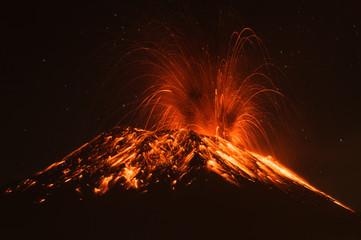 Foto op Textielframe Vulkaan volcano erupting magma smoke volcan explosive mountains exploding active geothermal tungurahua volcano erupting ecuador south america volcano erupting magma smoke volcan explosive mountains exploding
